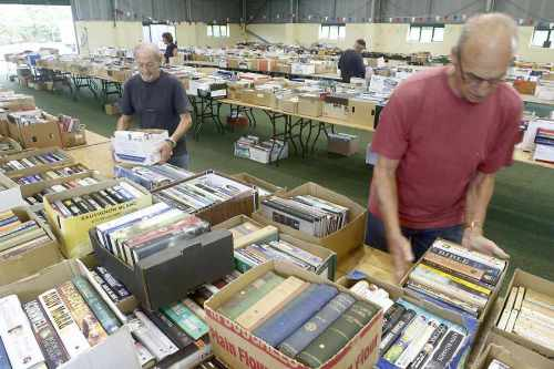 JGDFB book Sale