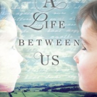 A Life Between Us - Louise Walters