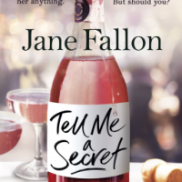 Tell Me A Secret – Jane Fallon